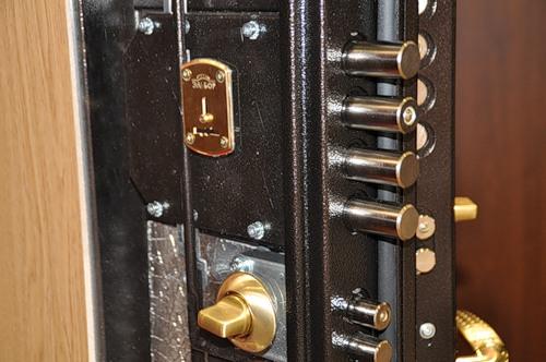 двери металлические для банковских помещений