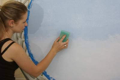 Рисуем акриловой краской на стене