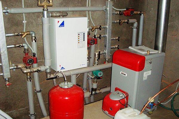 Монтаж котла отопления водоснабжения
